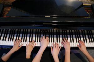 pianofamily